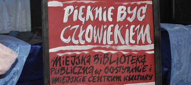 """""""PIĘKNIE BYĆ CZŁOWIEKIEM """" REJONOWY KONKURS RECYTATORSKI IM. J. KORCZAKA"""